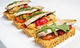 Sardinas en escabeche cítrico sobre pan de especies