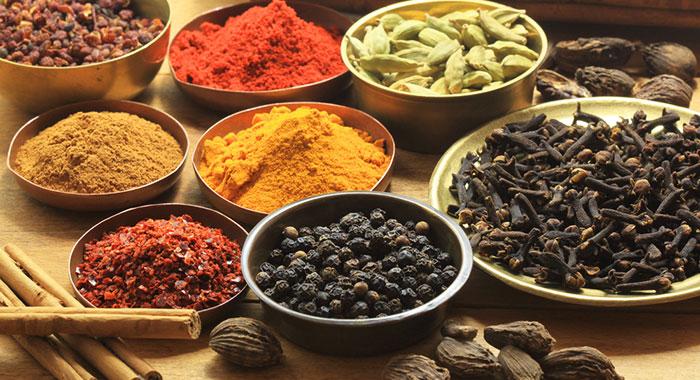 Condimentos y especias para cocinar burruezo 0 for Plantas aromaticas para cocinar