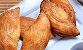 Empanadilla de hojaldre murciano con pato y setas