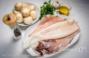 Ingredientes para poder hacer calamar asado con champiñones y salsa verde