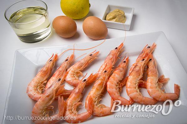 Ingredientes salsa de mostaza: huevo, mostaza de dijón, aceite y zumo de limón.