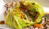 Col rellena de carne picada y verduras